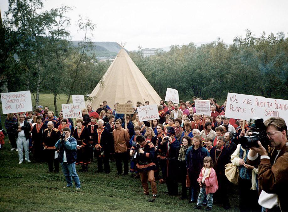 demonstr-1993.jpg