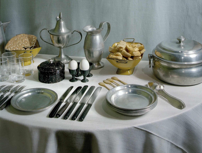 Frukostbord från början av 1800-talet