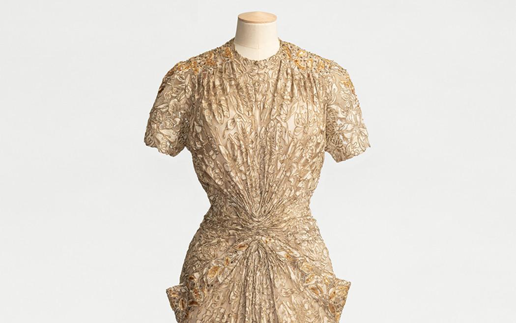 klänning på provdocka