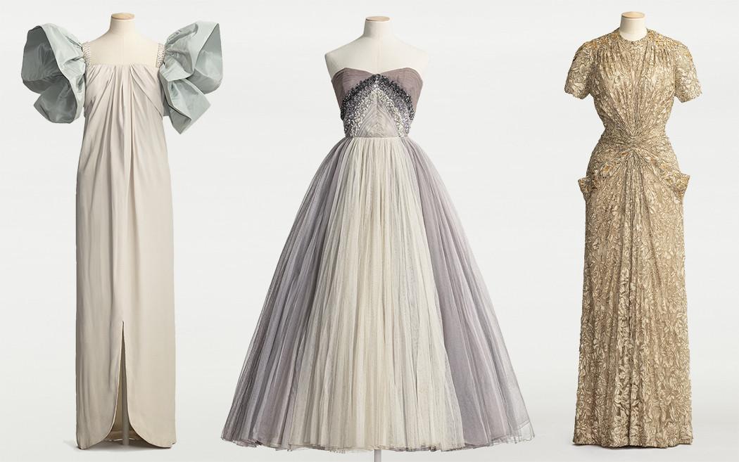 Tre coutureklänningar monterade på dockor