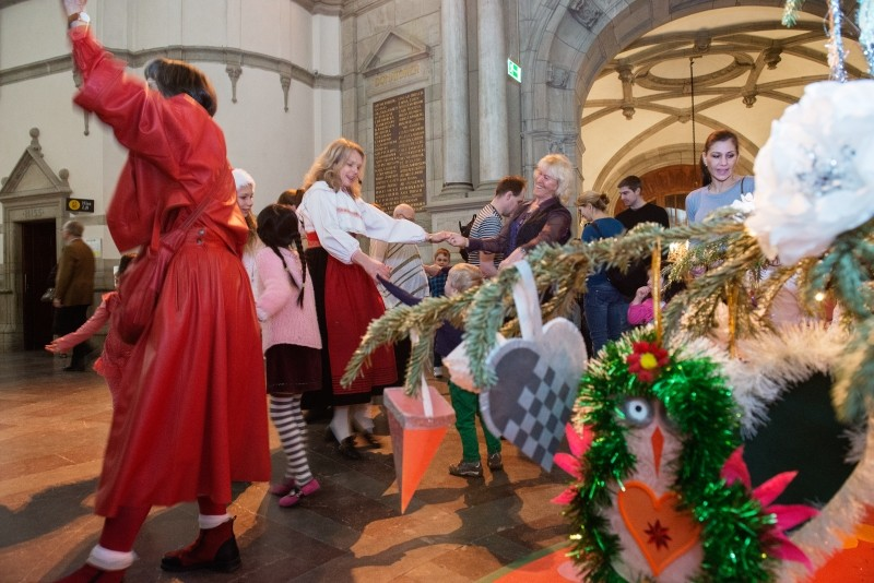 Nordiska museets julgransplundring 2013. Foto: Karolina Kristensson