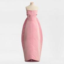 Balenciagaklänning i originalmodellen Amphora i rosa sidenfaille