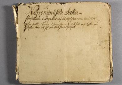Bild på en svartkonstbok i Nordiska museets arkiv