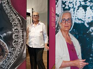 Rosa Taikon i utställningen Smycken av Rosa Taikon.
