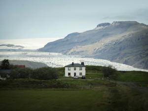 """Vatnajökull, Route 1, från utställningen """"Arktis – medan isen smälter"""". Foto: Camilla Andersen/Nordiska museet."""