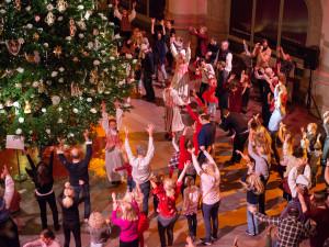 Julgransplundring 12 januari. Foto: Karolina Kristensson/ Nordiska museet