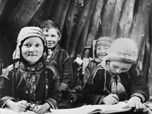 Sommarvisteskola i Norge, Gaitsaluokta. Foto: Nordiska museet.
