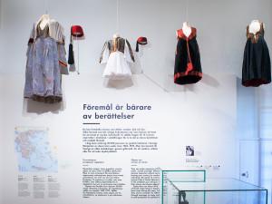 Dräkter. Foto: Karolina Kristensson, Nordiska museet.