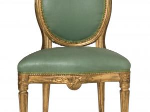 1770-tal. Gustaviansk stol av fransk typ med fast stoppning, signerad av Erik Holm. Senare klädsel. Foto: Peter Segemark, Nordiska museet.